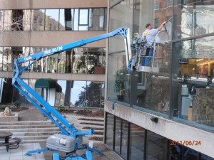 commercial window cleaning kansas City