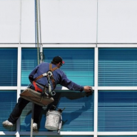 The Right Steps to Cleaning Windows In Kansas City